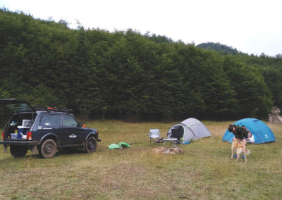 Camping-with-Lada